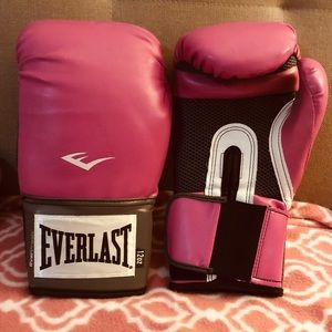 Pink Everlast Boxing Gloves